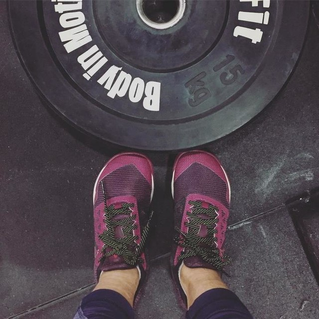 rockin my new pretty purple #nano6 😬 thanks, m! time to wod after a weekend of gluttony... was starting to match those muah chees i was inhaling in xiamen. 😖