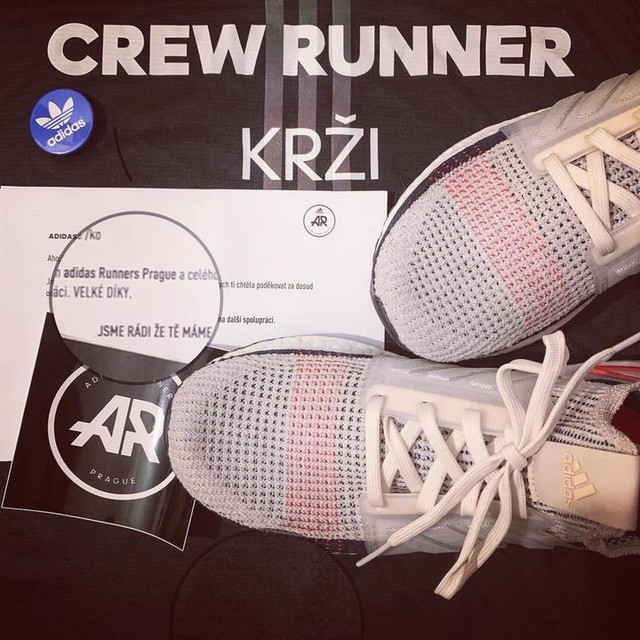 f377e9b1bd63 Včerejší dárečky od  adidasrunnersprague za pomoc v komunitě jako   crewrunner jsou super 🤩 Vymazlený