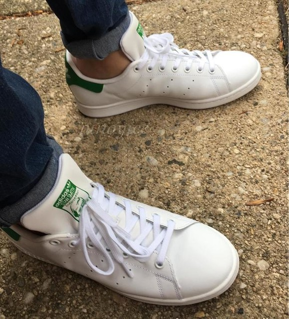 Adidas Stan Smith shoes on feet today @adidasoriginals @adidas #adidasoriginals #complexkicks #kickstagram #kicks4eva #wdywt #ForceFieldFresh #ShoesSoFresh #teamcozy #TeamAdidas #adidas #solecollector #minimalmovement #originals_only #3stripesstyle #igsneakercommunity #pinoysneakerheadscommunity #pinoyice #solenation #sneakerhead #kicksonfire #kicks0l0gy #stansmith #fashion #tennis #style #mobilephotography #kicks