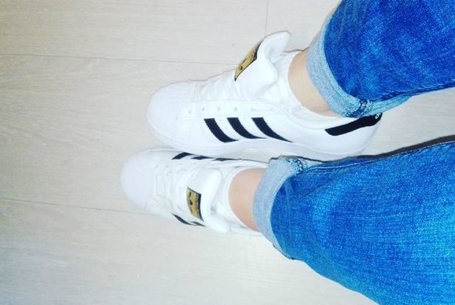 image: adidas superstar [46]