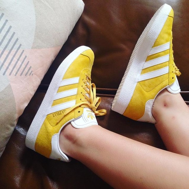 adidas gazelle yellow