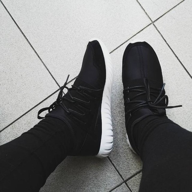 Welcome to my new Tubular Radial Adidas!!! I love it 💚 #adidas #tubular #tubularradial #shoes #loveit #mybaby