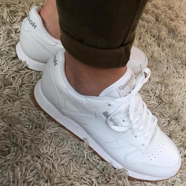 56015b8936f41 ... Classic Leather White Gum Femme Wenn du einfach nicht aufhören kannst  Schuhe zu kaufen 👟♥ 😩😍  reebok ...