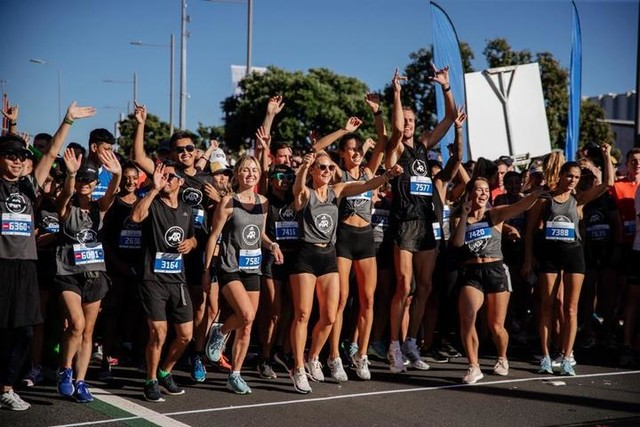 Who's coming running tomorrow adidasrunners 🔥🔥🔥 5:45pm, adidas Britomart Performance Store. Drop your gear off and come run with us 🏃🏼♀️🏃🏾♂️🏃🏽♀️ #letsgo #adidasrunnersauckland adidasnz #runforfun #auckland #ourrunourway #adidasrunners #thankyouforrunningwithus #britomart #adidasPerformance #runauckland #girlswhorun #run