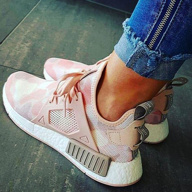💗👟#mynewbaby #adidasnmd #adidasoriginals #nmd #camuflado #pink #rose #shoesoftheday #tenis #sneakers #fashion #estilo #cool #moda #casual #comfy #trendy #girly #sportwear #shoeslovers #crazyforshoes