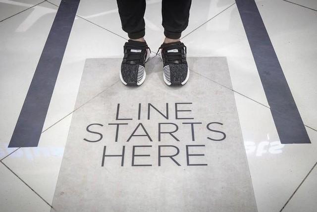 Boostload of comfort starts here 👌🏼 #threestripes #adidas #adidasph #adidasoriginals #highsnobiety #sneakersnstuff #soleacademy #modernnotoriety #boostvibes #adidaskicks #solecollector #sneakerhead #kicksonfire #kickstagram #boostheaven #boostworldwide #showmeyourstripes #worldwideboost #3stripestyle #minimalmovement #hypebeast #adidasTalkPh #eqt #eqtboost #likeforlike #like4like #l4l