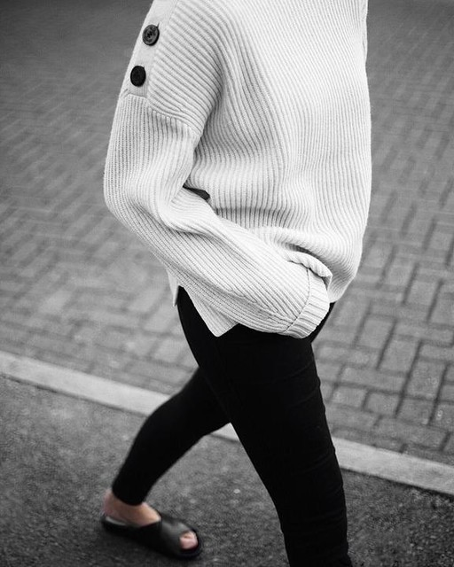 COCO DUFFIELD - Faye Crew Neck Sweater