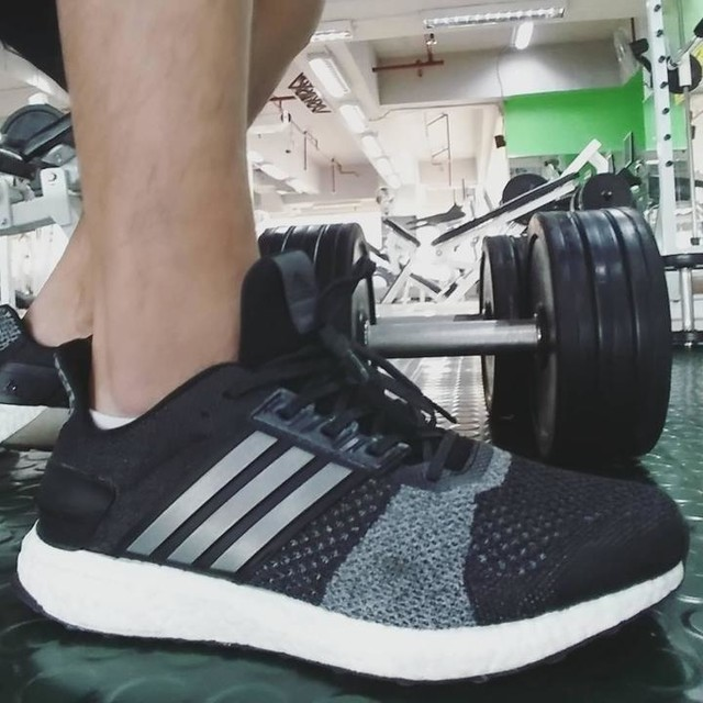 Feels good to get back at it again. Especially when you have the gym to yourself.  #adidas #ultraboost #adidasultraboost #gym #dailygrind #pushyourself