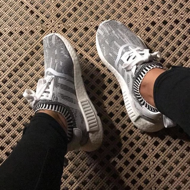 Morning #gym vibes ... . . . .  #gym #outfit #adidas #nmd  #sneakers #kicks #instalike #instamood #fashionblogger #fashion #fashionista #kicksonfire #kotd #shoes #sotd #trending #trendsetter #instagood #fashionstyle #shoeporn #fitness #fit #gymmotivation #gymlife #gymtime #adidasnmd #adidas