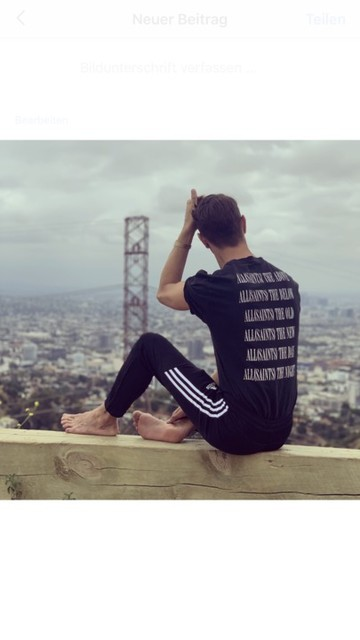 Martin - Camiseta Brackets