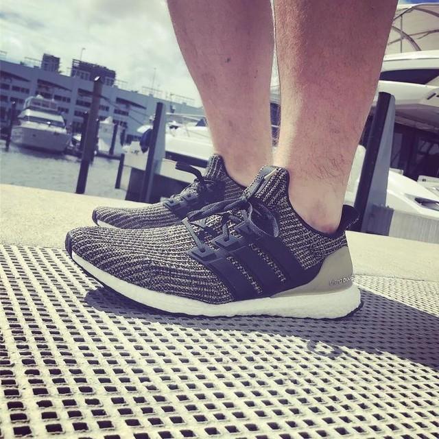 Post-workout shot #adidas #ultraboost #darkmocha . . . #kotd #sneakerhead #kickstagram #snkrhdnation #grailkicks #igsneakercommunity #solecollector #potd #sneakers #trainers #ootd #hotkicks #adidasboost #boostvibes #adidasultraboost #adidasgallery