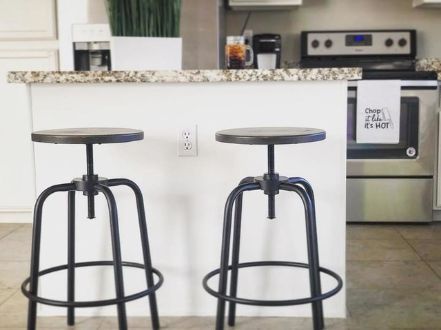 Millie Adjustable Counter Stool | Living Spaces