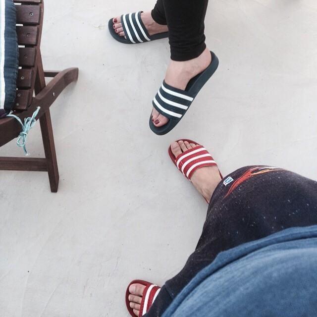 #Partnerlook #adiletten #red & #blue #adidas #my #girlfriend 😘😍
