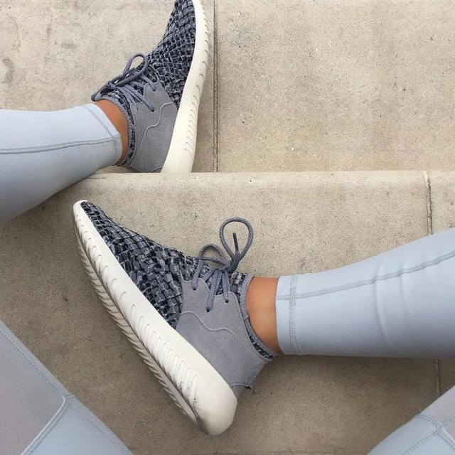 D E T A I L S 💙 #workout #workyourindustry #fitness #detail #adidas #tubular