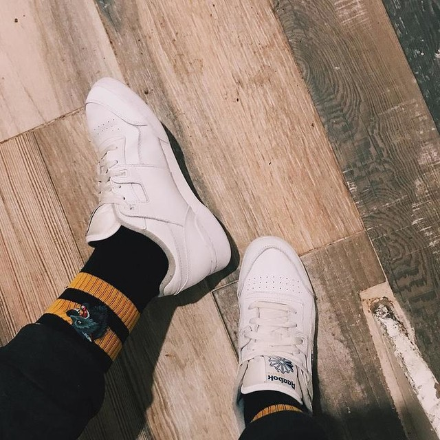 before everybody on the bullshit L train is wearing these, know that ur girl wore them with the right socks #alwaysclassic  #workoutplus