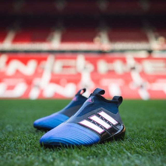 Blue Blast has arrived at Old Trafford. The new ACE17+ Purecontrol from @adidasfootball. Stay tuned… #ACE17 #NeverFollow