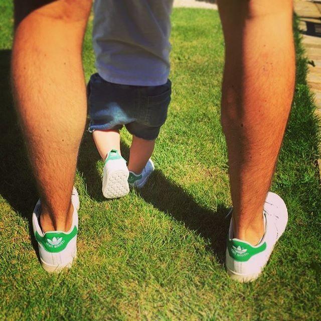 Like father, like son 👌🏼😍 #stansmith #babyadidas