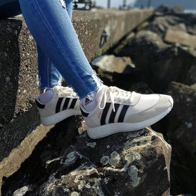 👟INIKI  #iniki #adidas #boost #love