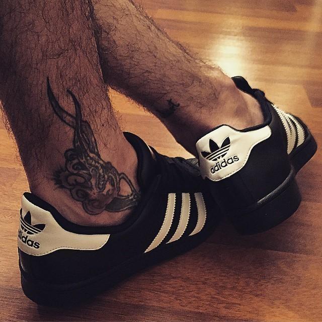 👠😜 #thank #you #adidas @adidas_pl #superstar #shoes #my #legs #tattoo #like #it #love #princess #is #here #heheszki #crazy #joke #cute #fashion #music #chill #relax #dance #home #cinema #heart