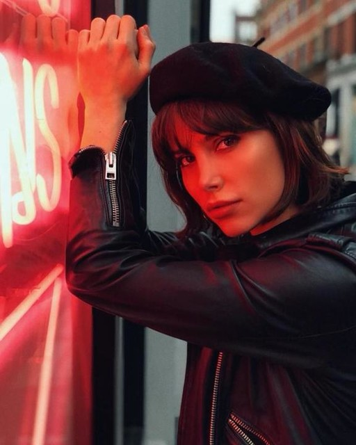 Phoebe Torrance - Cazadora biker de cuero Balfern