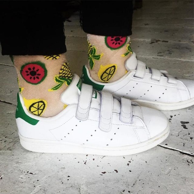 Did someone say, summer in Berlin starts today?! #juicy #fruit #socks #stansmith #berlin