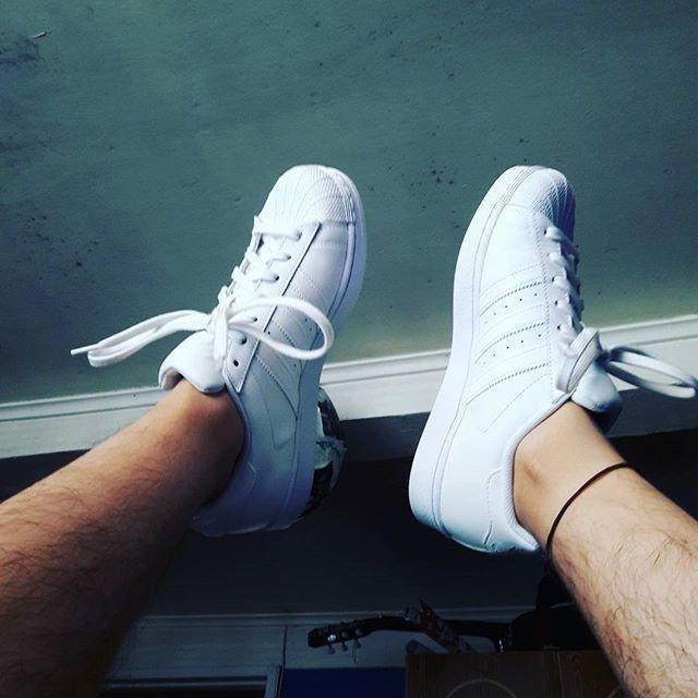 Superstar #new #shoes #adidas #pharrell #thursday #nice #workhard #love #bear #instachile #chilegram #instagram