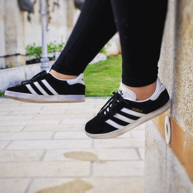 288bd03745bd Gazelle Adidas Off63 Buy gt  Discounted Black 6B5TpPxw