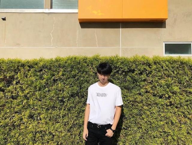 timlo_ss - Camiseta Brackets