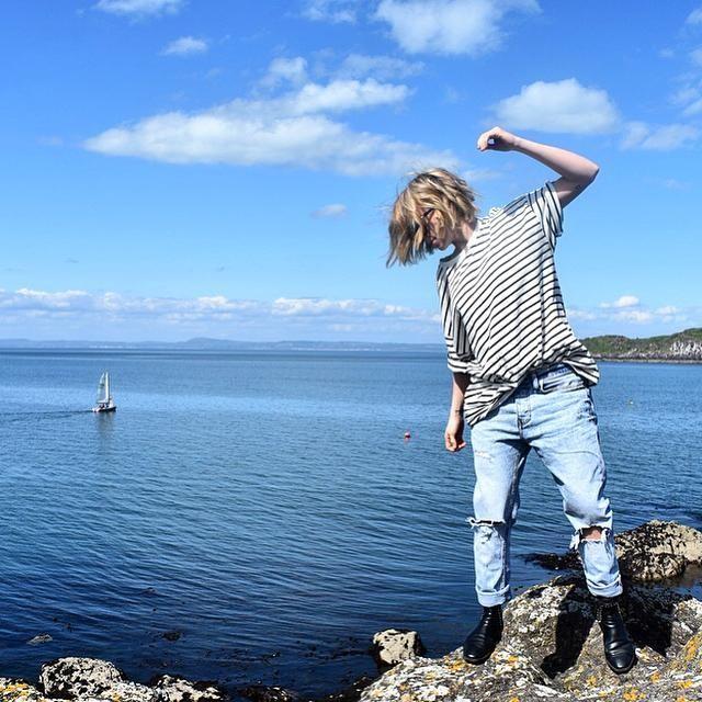 Tegan Whybrow - Kleve Gestreiftes T-Shirt