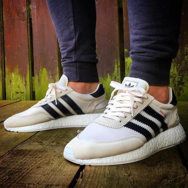 A d i d a s I N I K I - r u n n e r #adidas#iniki#inikirunner#boost#boostvibes#boostlife#adidasrunning#adidasoriginals#chalk#white#footlocker#footlockerexclusive#sole_assassins_#thesolesupplier#selectsociety#sneakerboxuk#sneakerholics#sneakerplaats#lacejam#hypebeast#pug#tbt#lpu#unds#womft#womftig#bubblekoppe