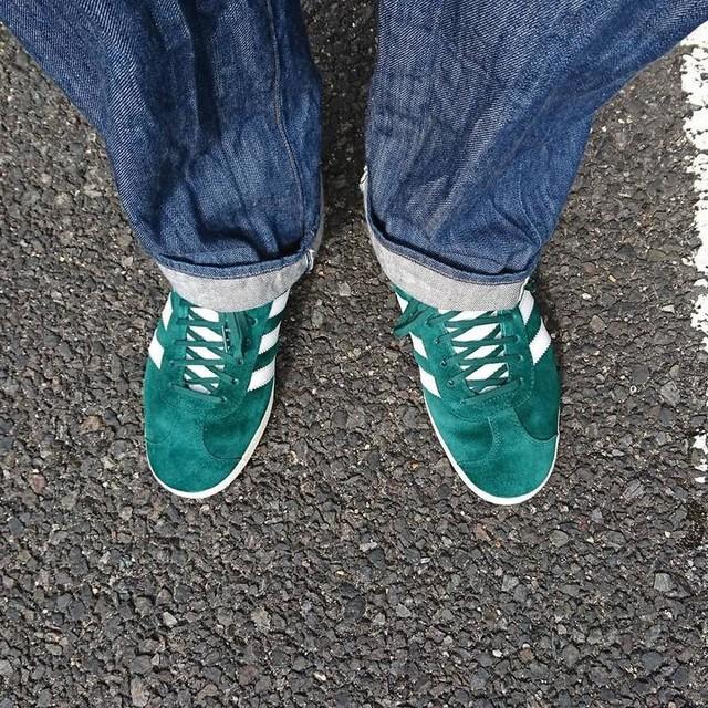最近俺の周りにスニーカー好き増えてきてて嬉しいー✨ 新潟は雪国だけどスニーカーをもっと発展しましょー! というわけで今日の一足  #adidas #adidasoriginals #gazelle #adidasgazelle #アディダス #アディダスオリジナルス #ガッツレー