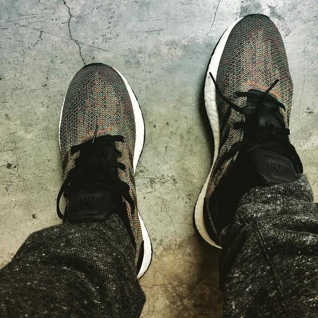 Pureboost DPR LTD multicolor #adidas #adidasnmd #adidasmurah #adidasboost #adidasrunning #boost #runner #ultraboost #lit #sneakerhead #sneakers #hypebeast